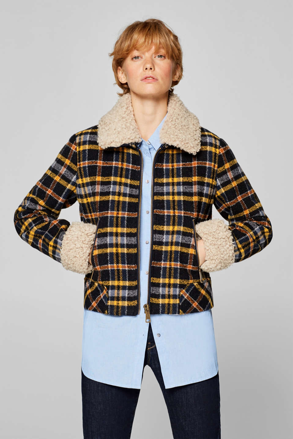 edc - In blended wool: padded jacket with bouclé details