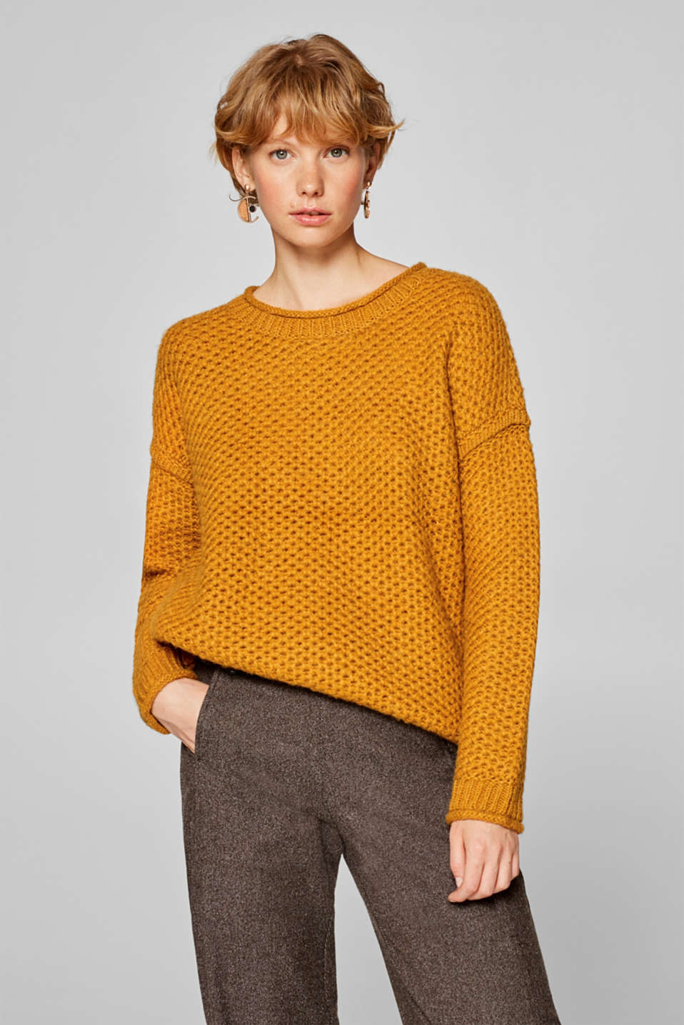 edc - With wool: soft jumper with an openwork texture