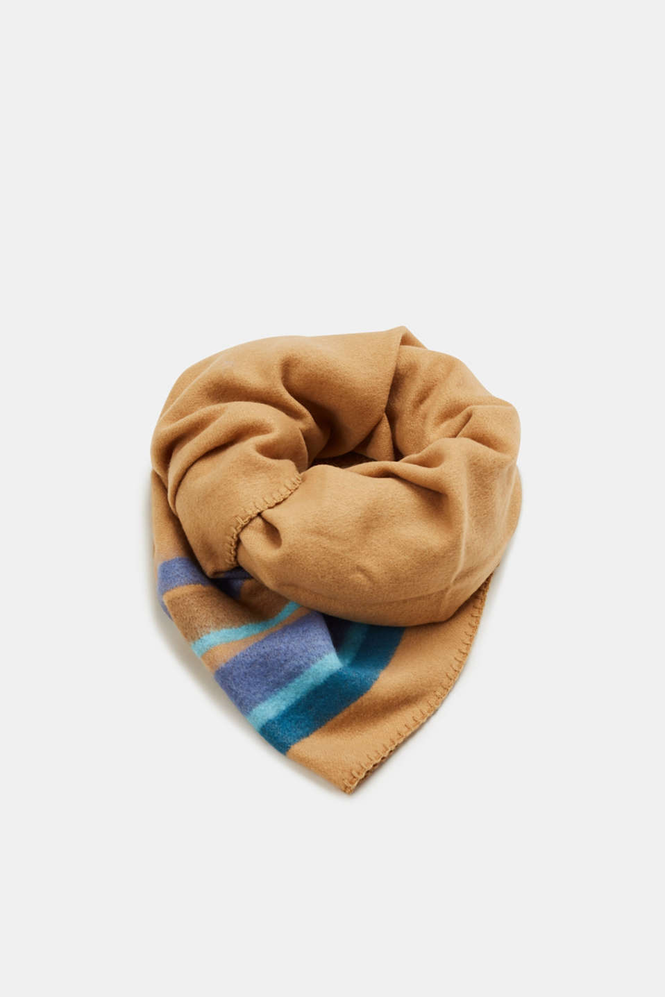 Esprit - Oversized scarf with a striped pattern