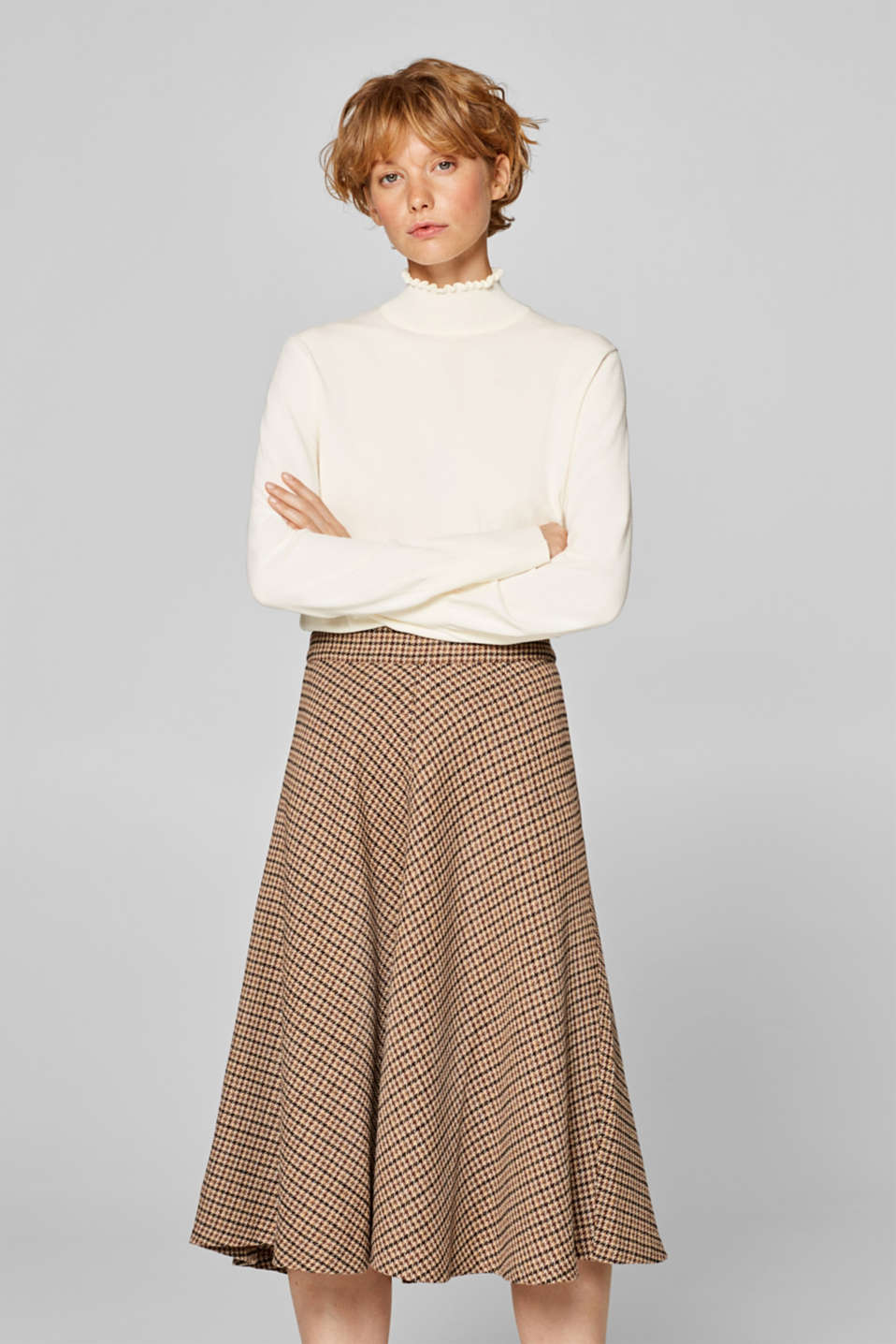 Esprit - With wool: midi skirt with a checked pattern