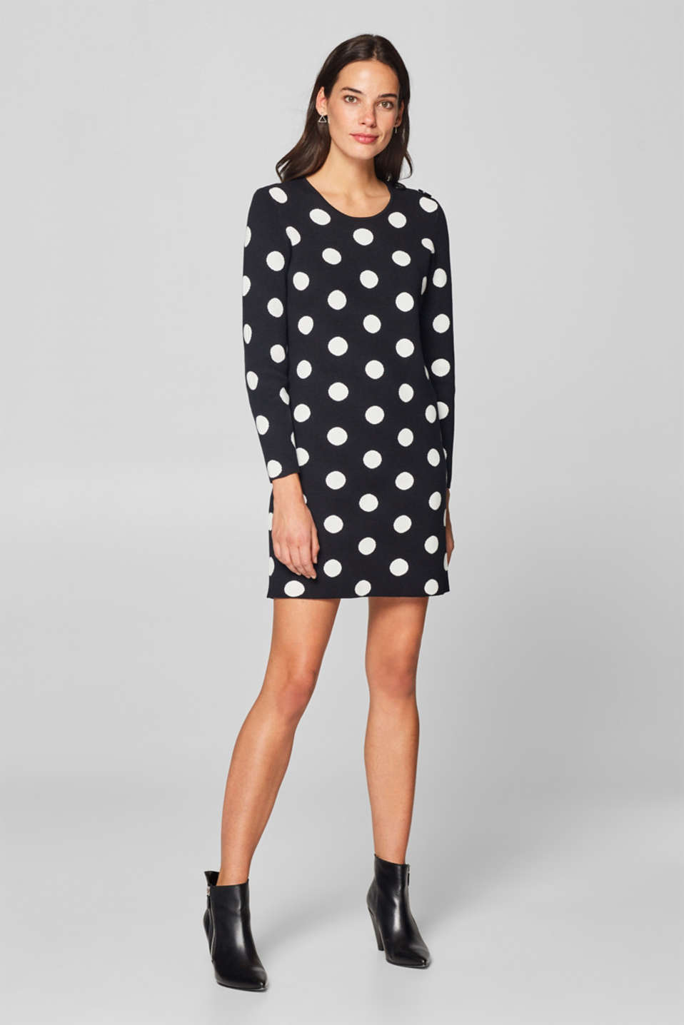 Esprit - Knit dress with shoulder buttons
