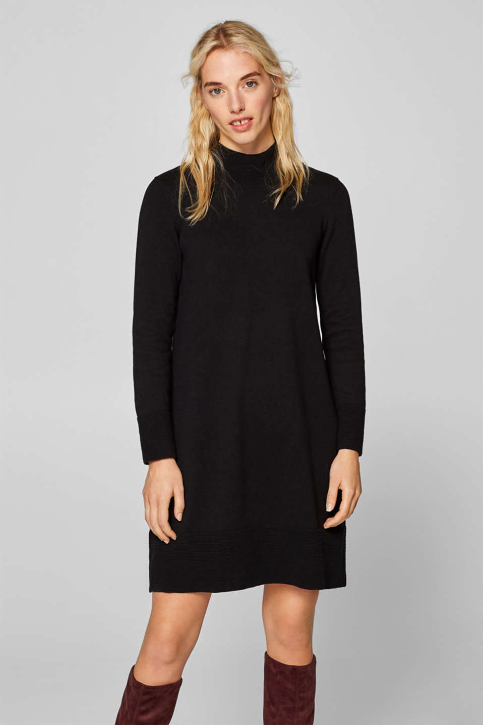 Esprit - Flared knit dress with ribbed borders