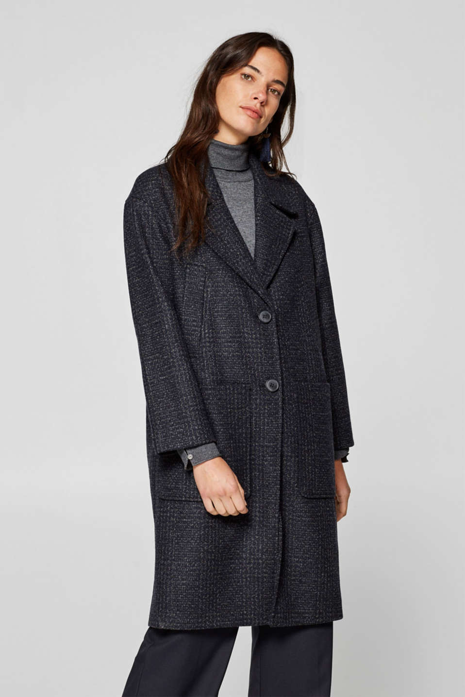 Esprit - Made of blended wool: Coat with subtle check pattern