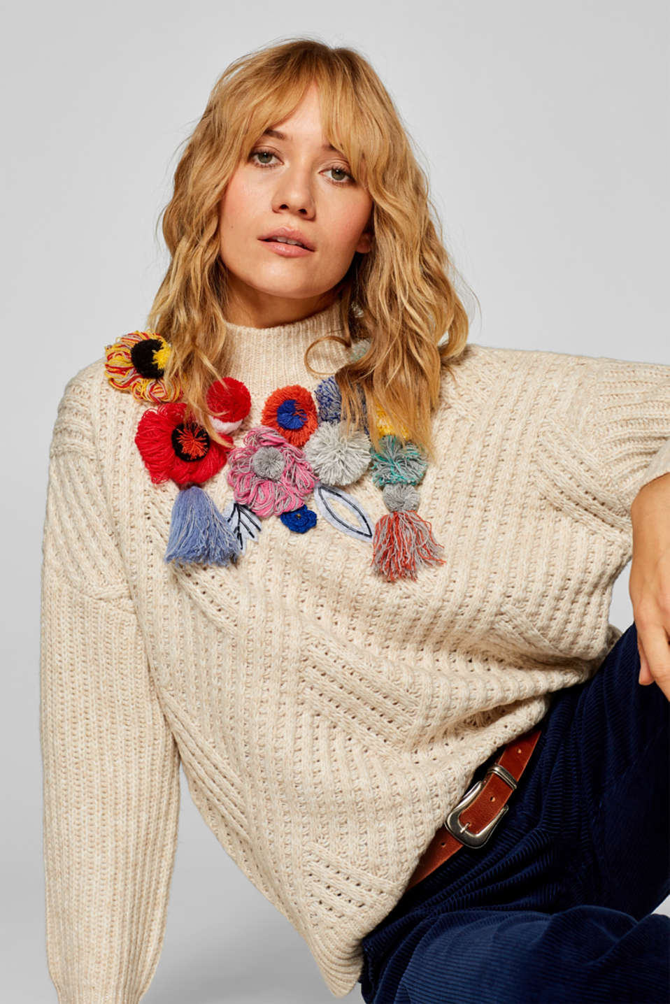 Esprit - Wool blend: Jumper with colourful pompoms