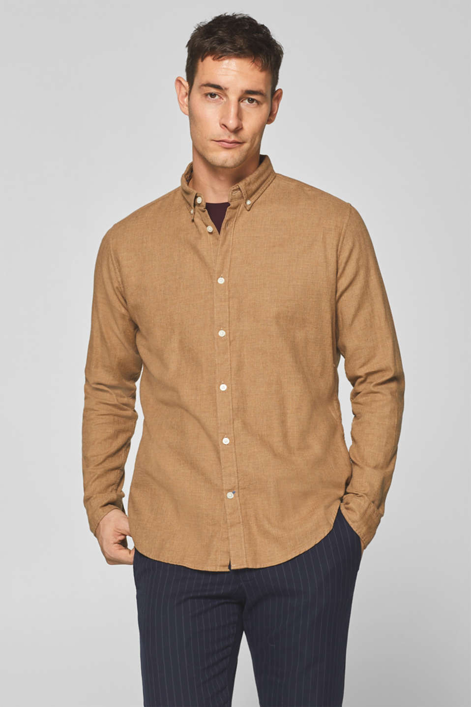 Esprit - Shirt with herringbone texture, 100% cotton