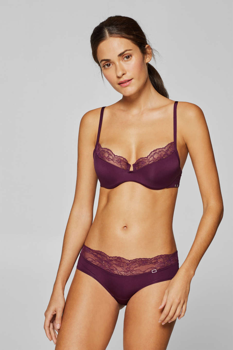 Esprit - Semi-padded underwire bra with variable straps