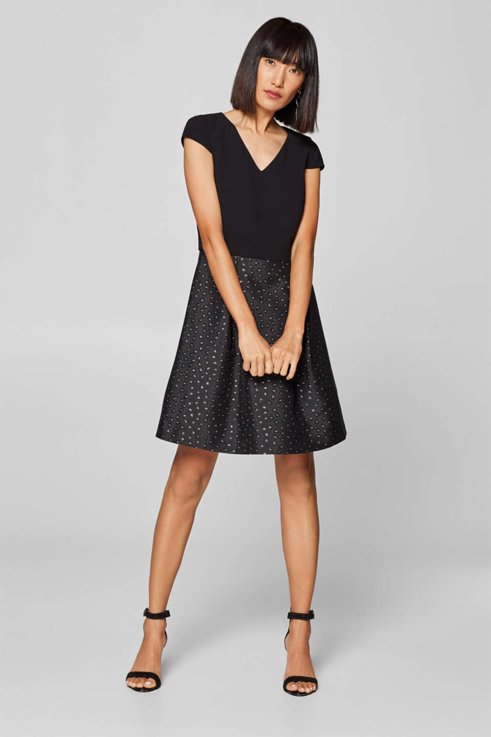 Esprit - Dress with a glittering jacquard skirt