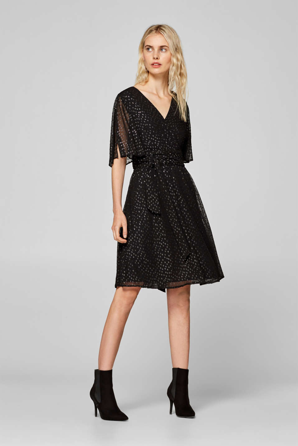 Esprit - Chiffon dress with silver-coloured woven polka dots