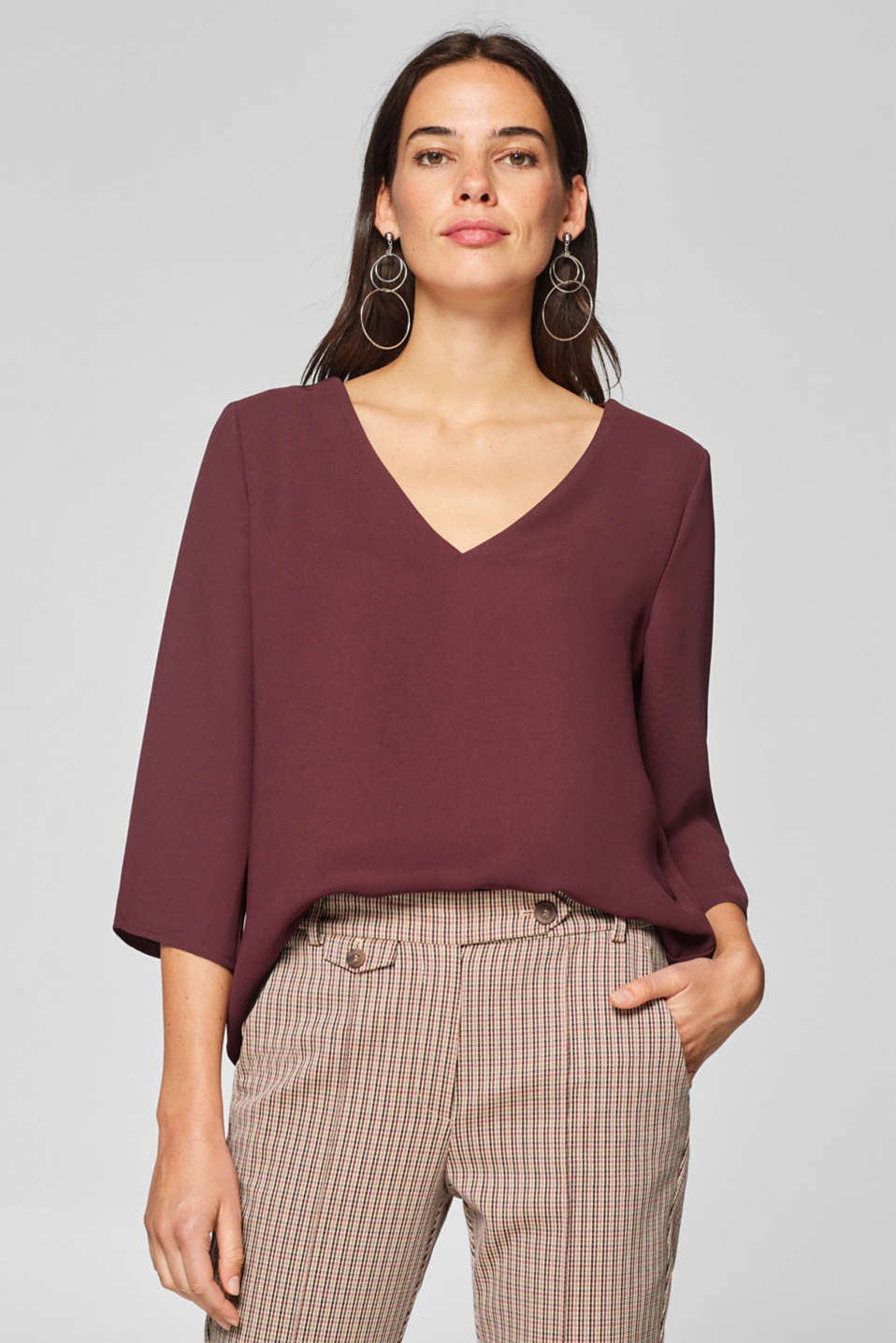 Esprit - Crêpe blouse in a simple style