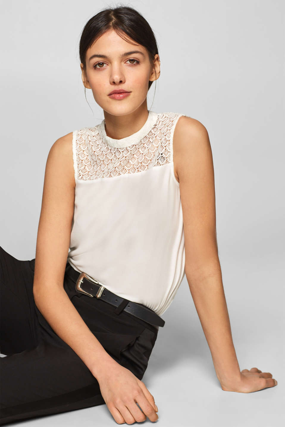 Esprit - Top with lace
