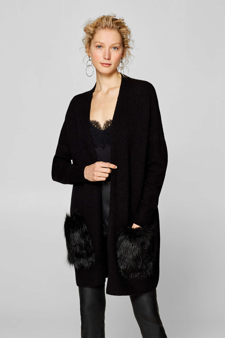 Esprit - With wool: Long cardigan with fake fur pockets