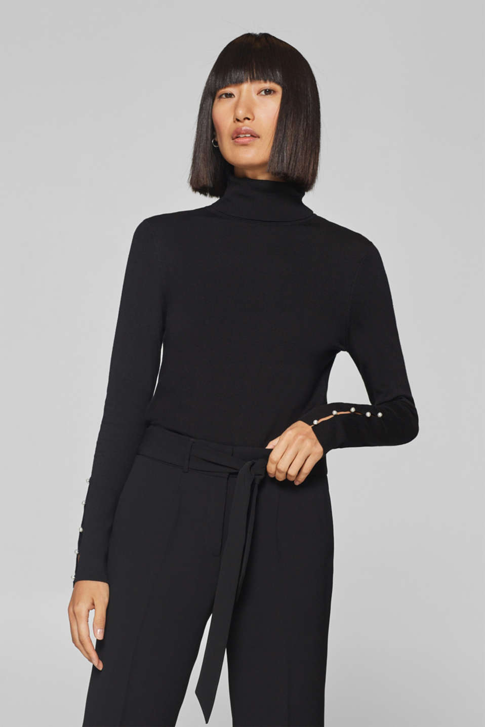 Esprit - Fine polo neck jumper with bead buttons