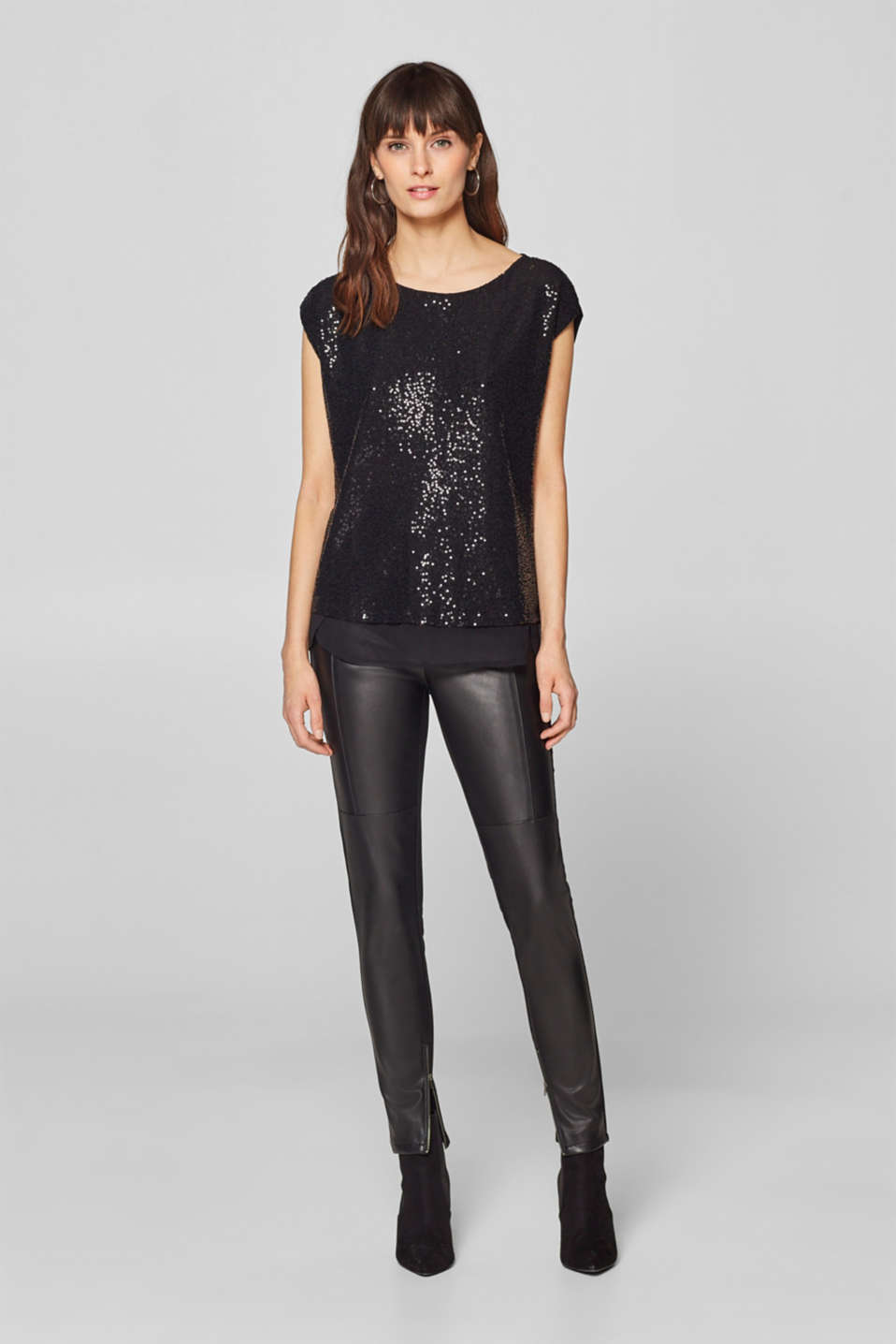 Esprit - Material mix top with a sequin trim