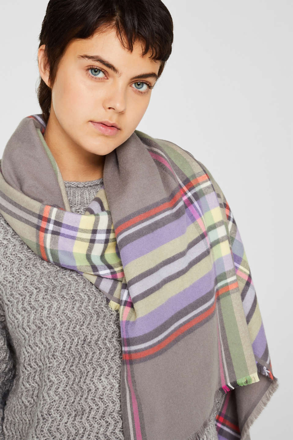 Check scarf, GREY, detail image number 1