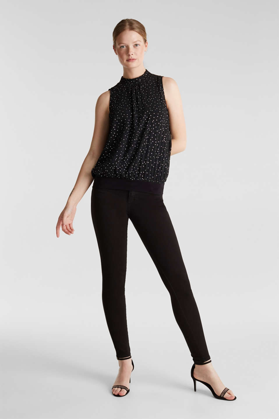 Layered top made of crinkle chiffon, BLACK, detail