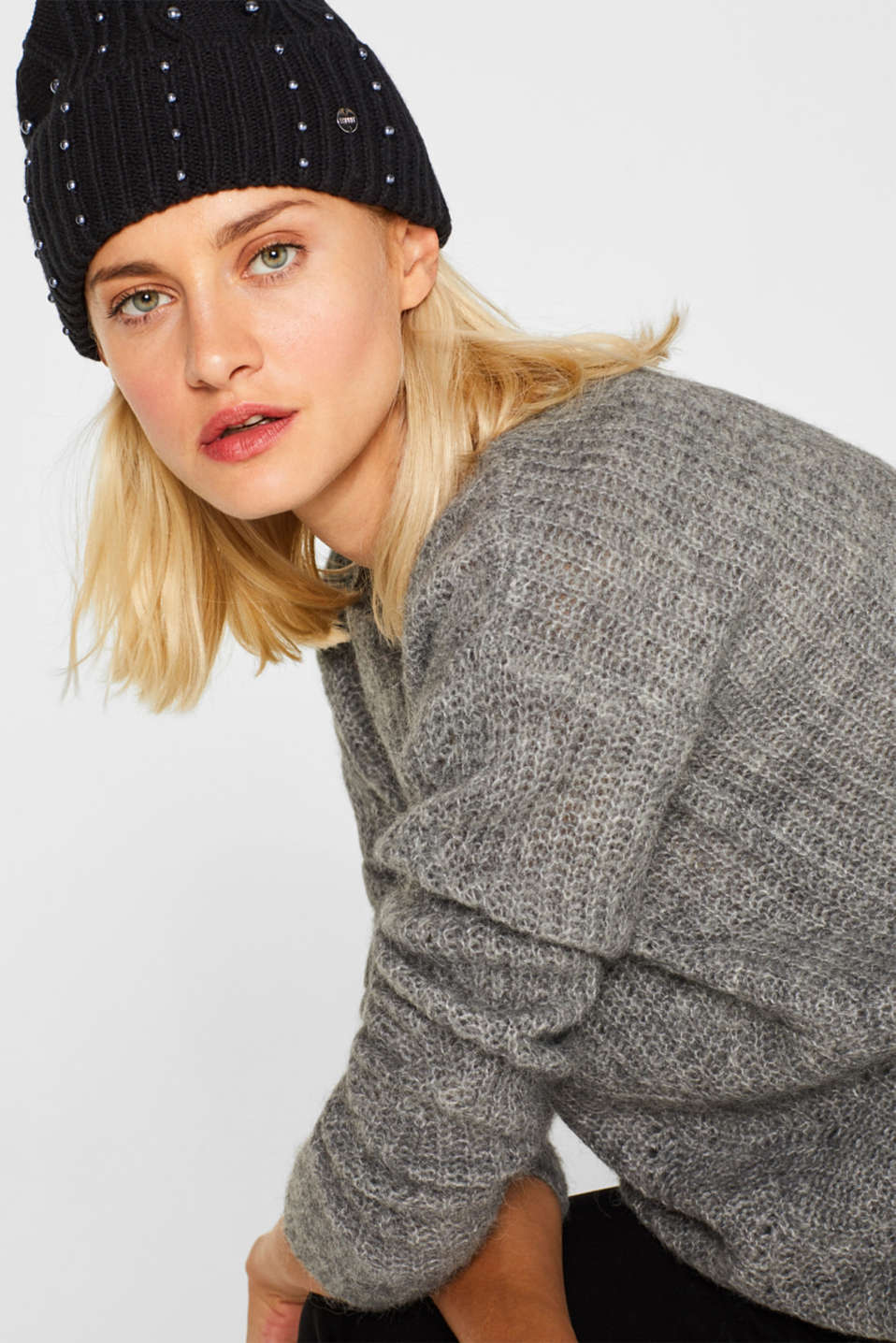 Textured knit beanie trimmed with beads, BLACK, detail image number 2