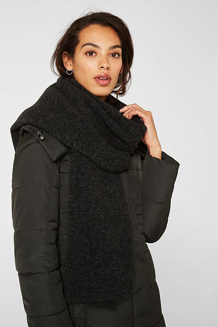 With alpaca/wool: melange knit scarf