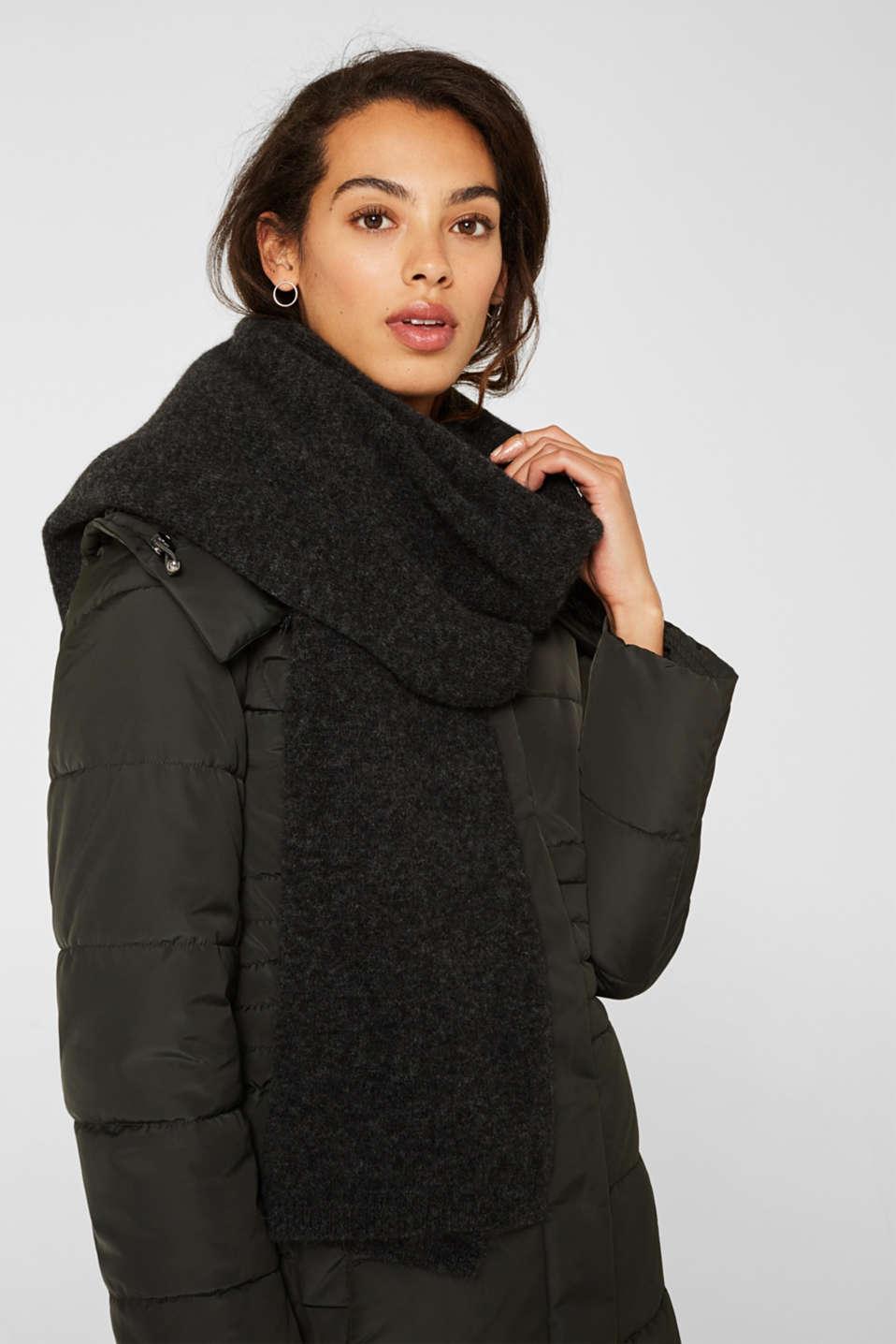 With alpaca/wool: melange knit scarf, DARK GREY, detail image number 1