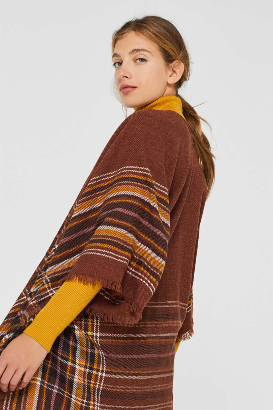 Poncho with a check pattern, RUST BROWN, detail image number 3