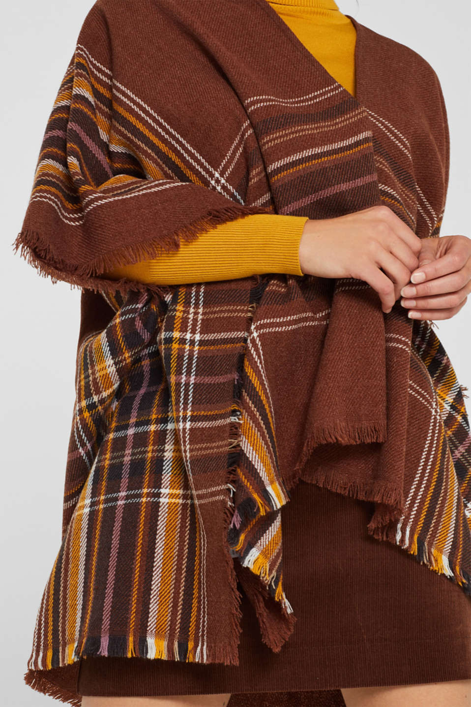 Poncho with a check pattern, RUST BROWN, detail image number 2