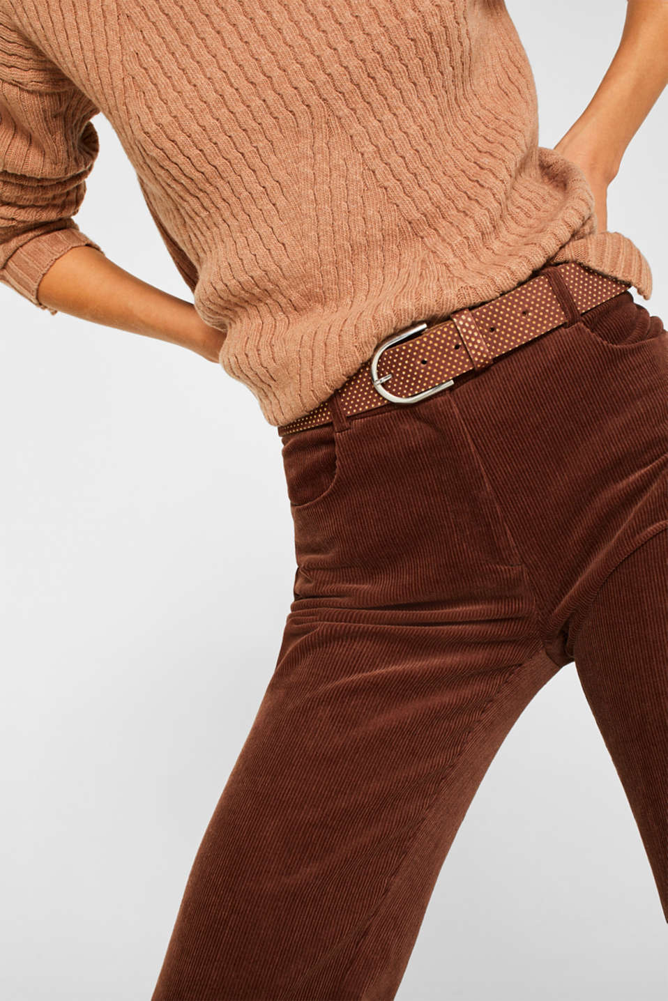 Belt with metallic dots, made of leather, BROWN, detail image number 2