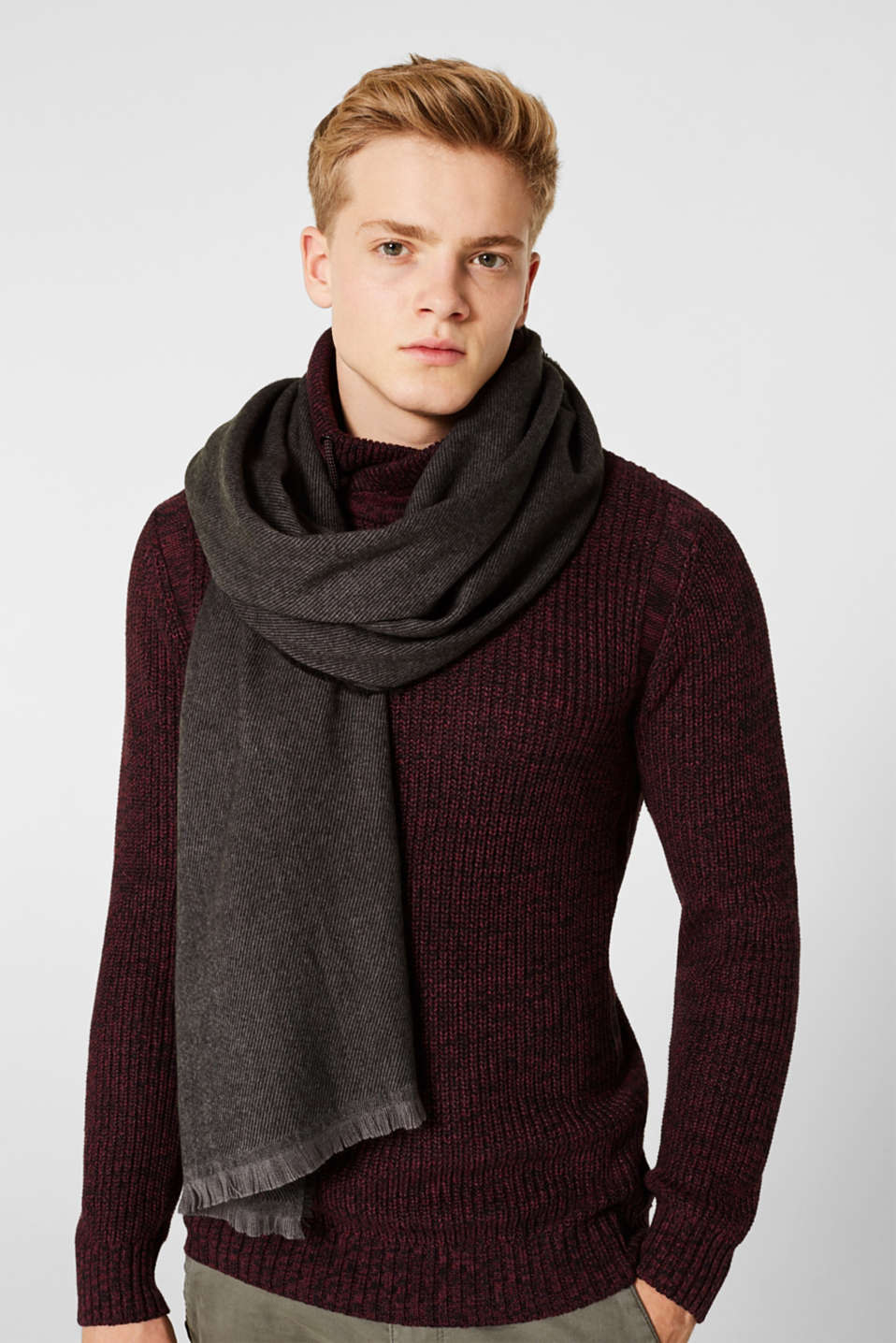 Textured knit scarf, DARK GREY, detail image number 1