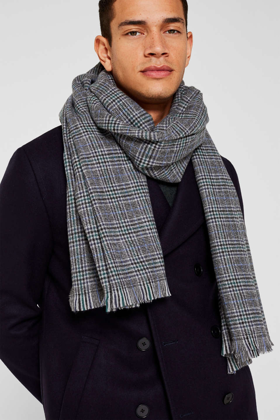 Prince of Wales check scarf with fringing, MEDIUM GREY, detail image number 1