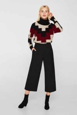 With wool: Culottes with waist pleats, BLACK, detail