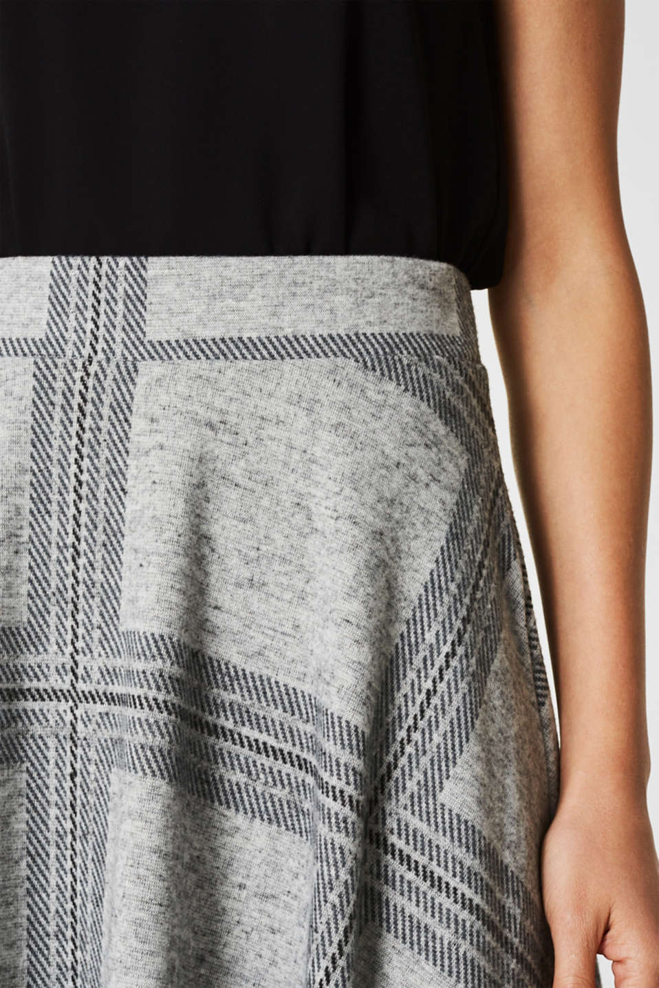 Fluffy jersey skirt with a check pattern, LIGHT GREY 5, detail image number 2
