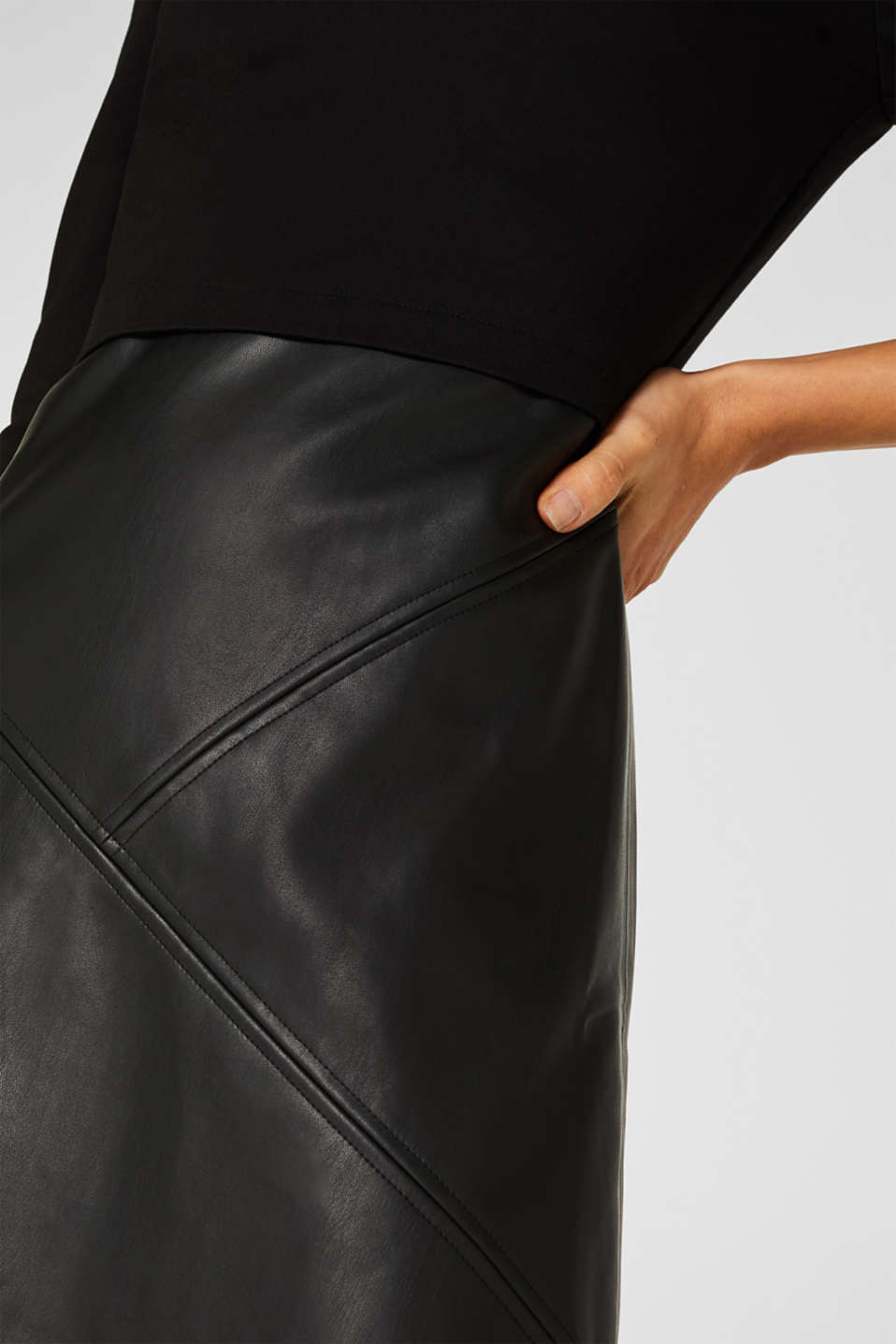Jersey dress with faux leather skirt, BLACK, detail image number 2