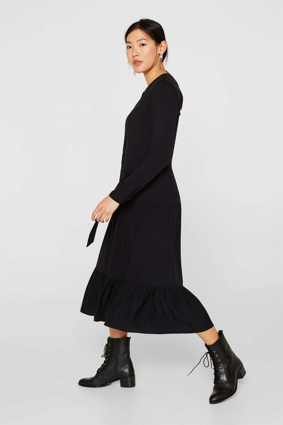 Midi dress with a tiered skirt, BLACK, detail