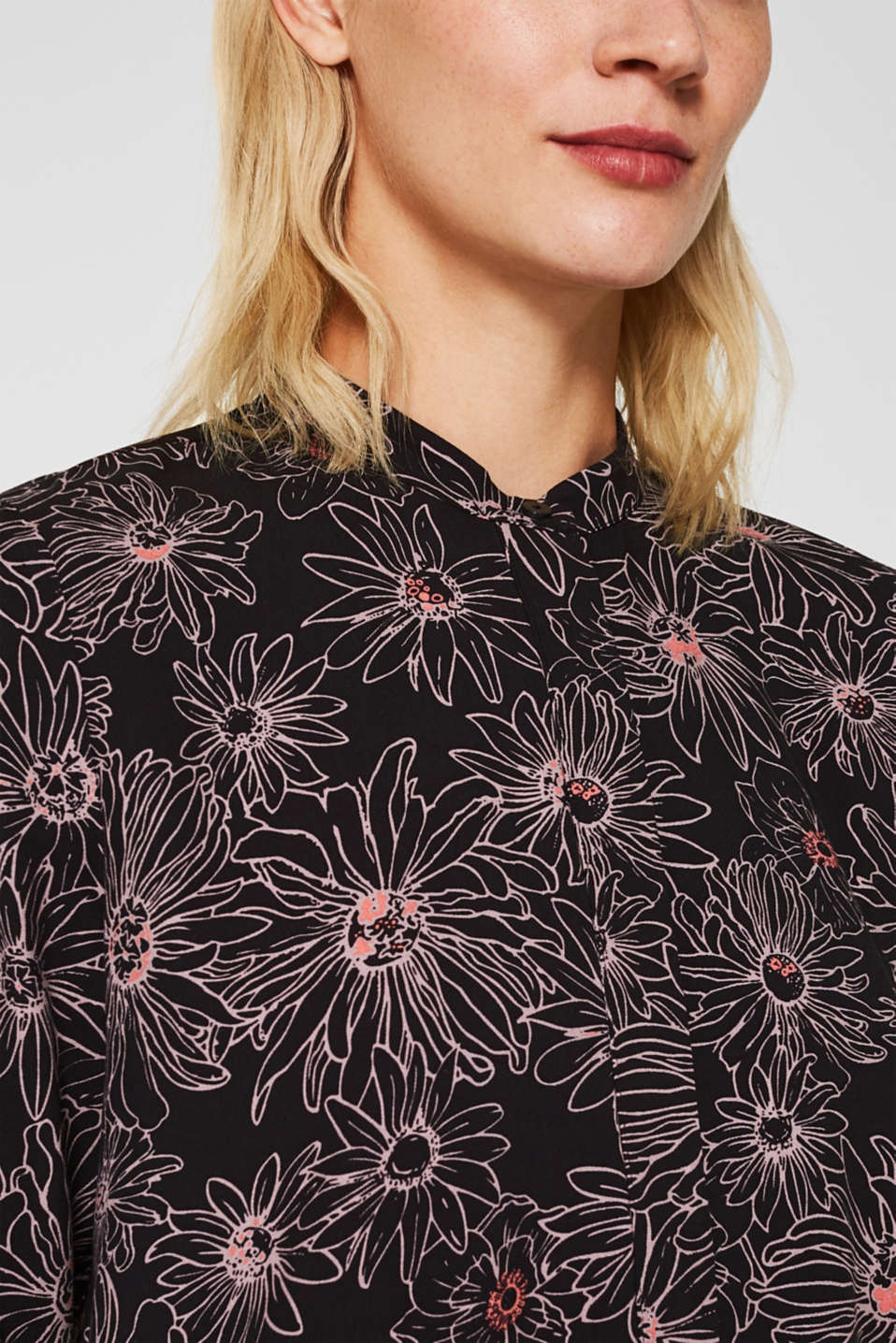 Slip-on blouse with a print and band collar, BLACK 3, detail image number 2