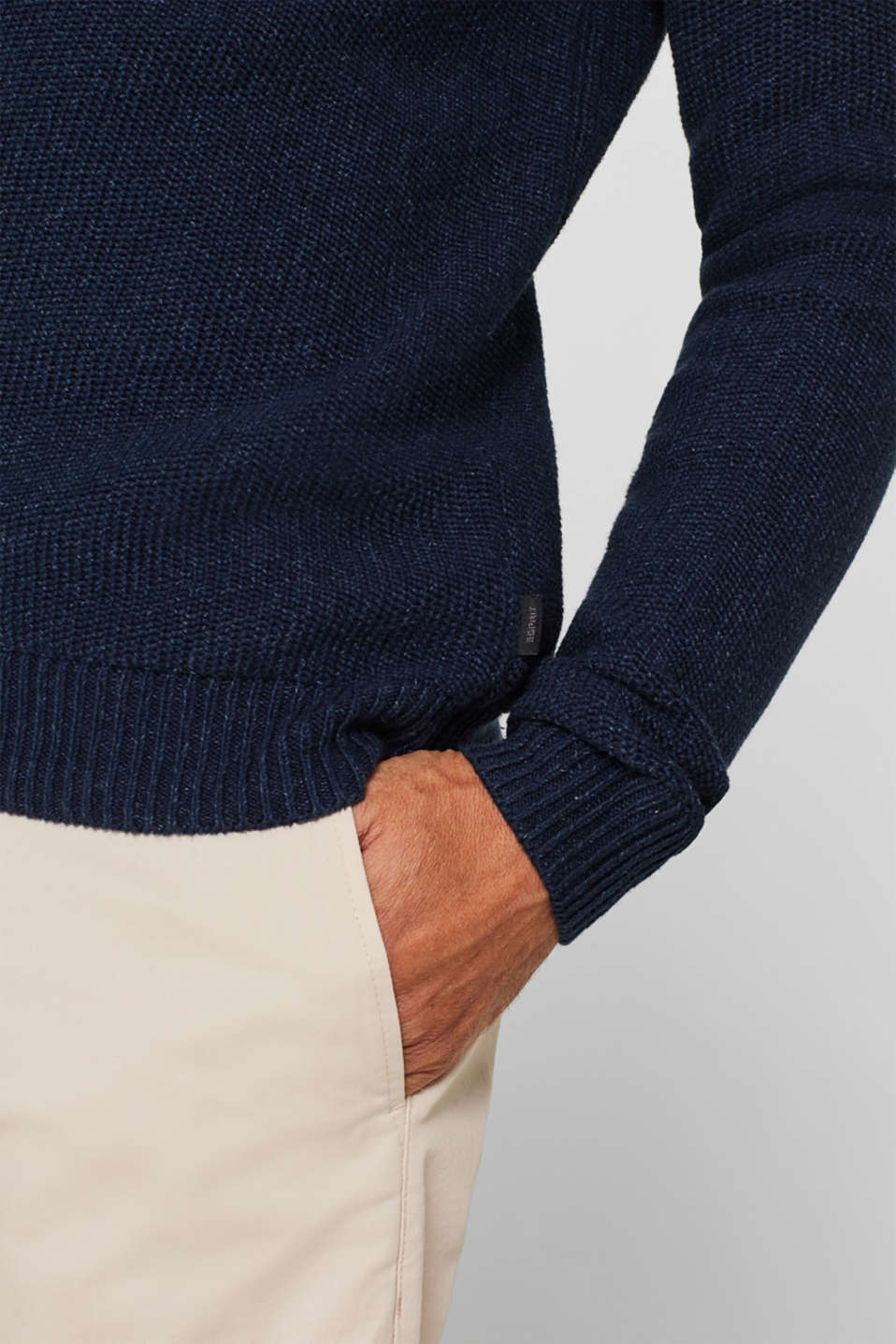 Knitted button-neck jumper in 100% cotton, NAVY, detail image number 6