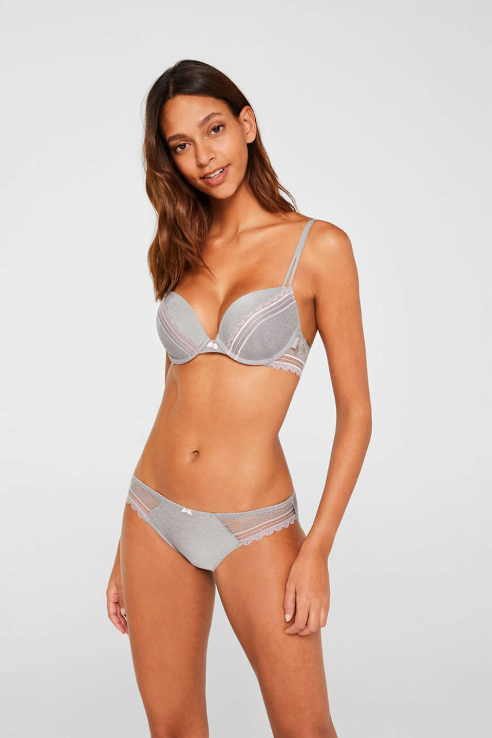 Esprit - Push-up bra in embellished lace