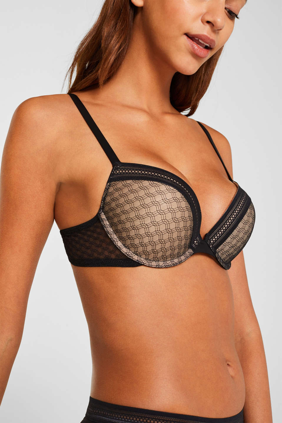 Heavily padded push-up bra made of lace, BLACK, detail image number 2