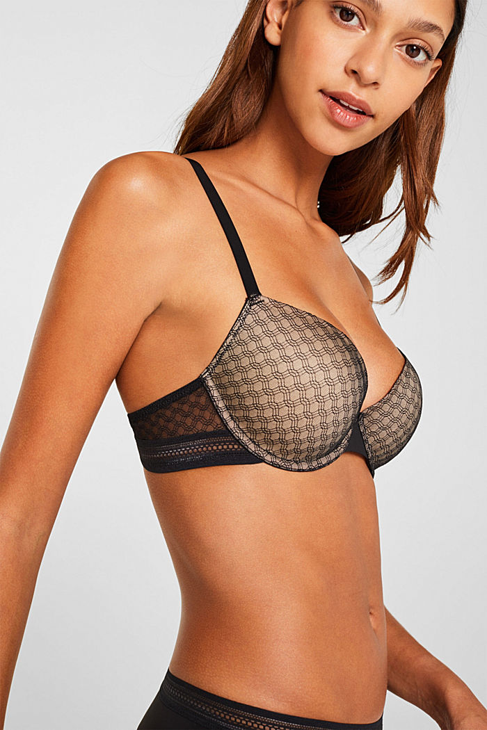 Padded underwire bra in lace