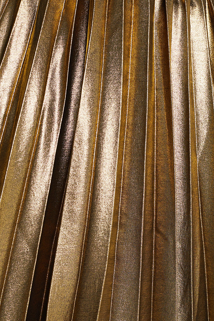 Pleated skirt in a metallic finish, GOLD, detail image number 4