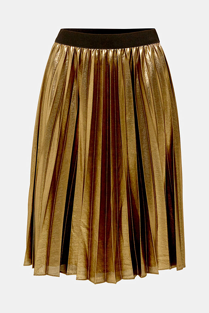 Pleated skirt in a metallic finish