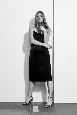 Satin dress in a midi length, BLACK, detail
