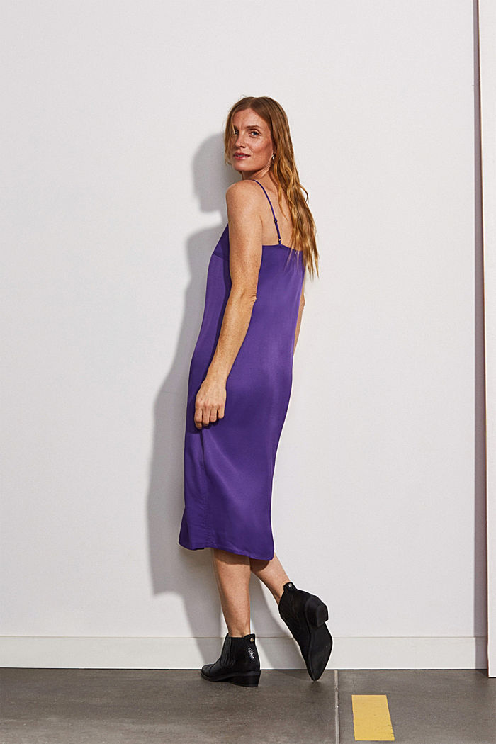 Satin dress in a midi length, PURPLE, detail image number 2