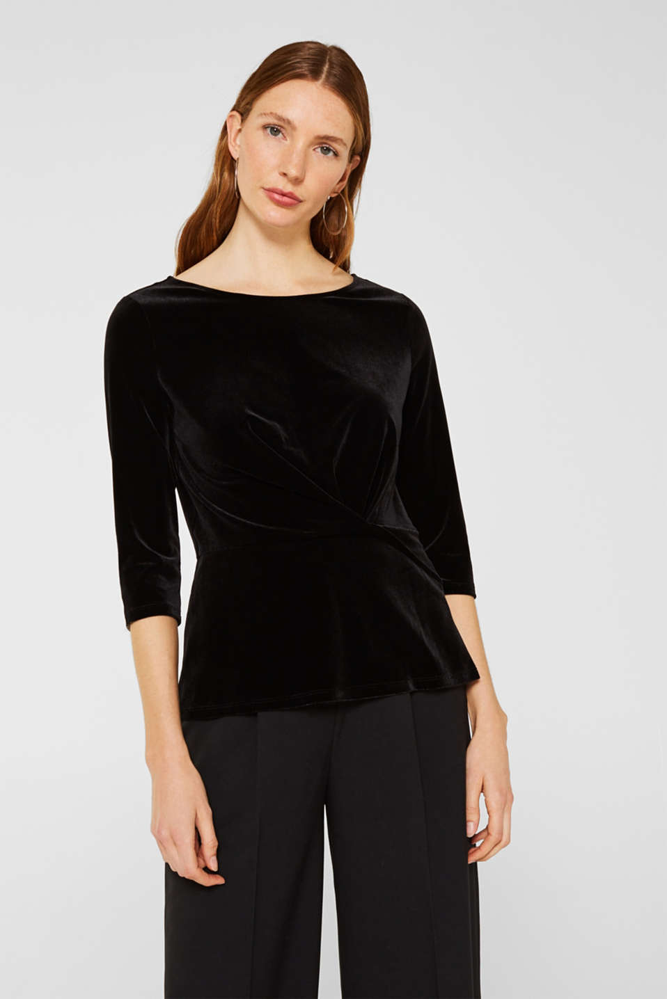 Esprit - Stretch velvet T-shirt with a draped effect