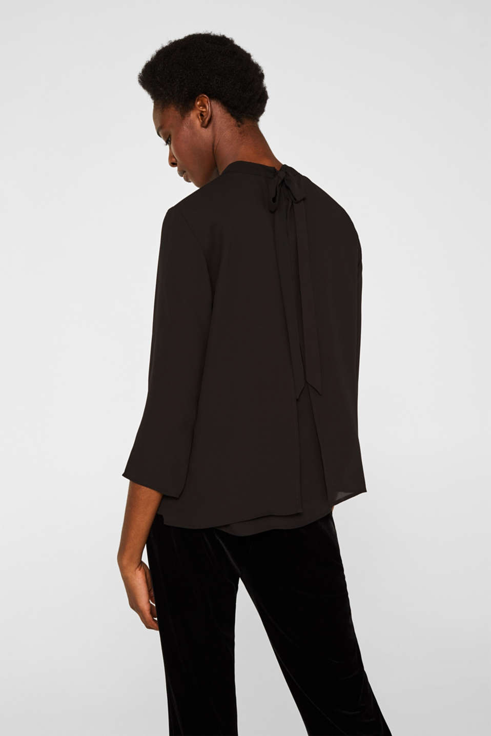 Chiffon blouse with a layered detail, BLACK, detail image number 3