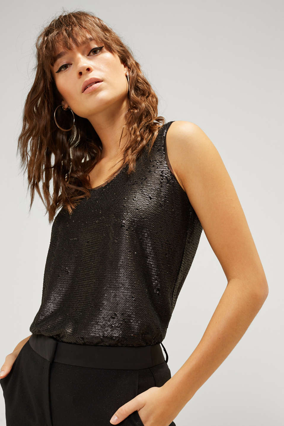 Esprit - Top à paillettes et superposition en chiffon