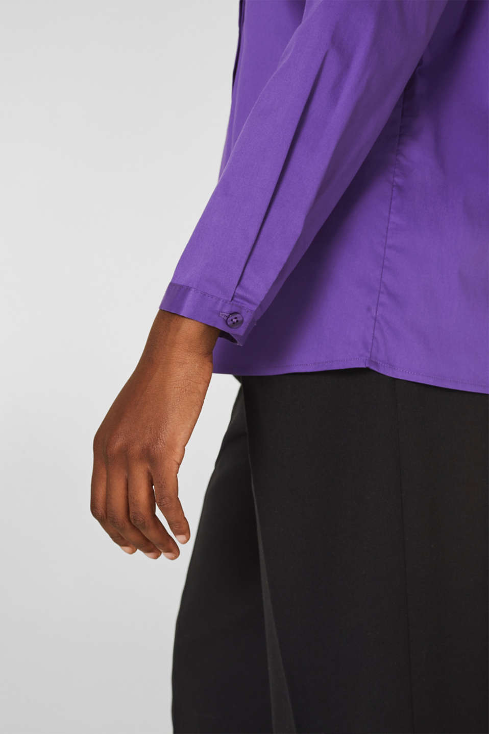 Stretch shirt blouse with a fine sheen, PURPLE, detail image number 2