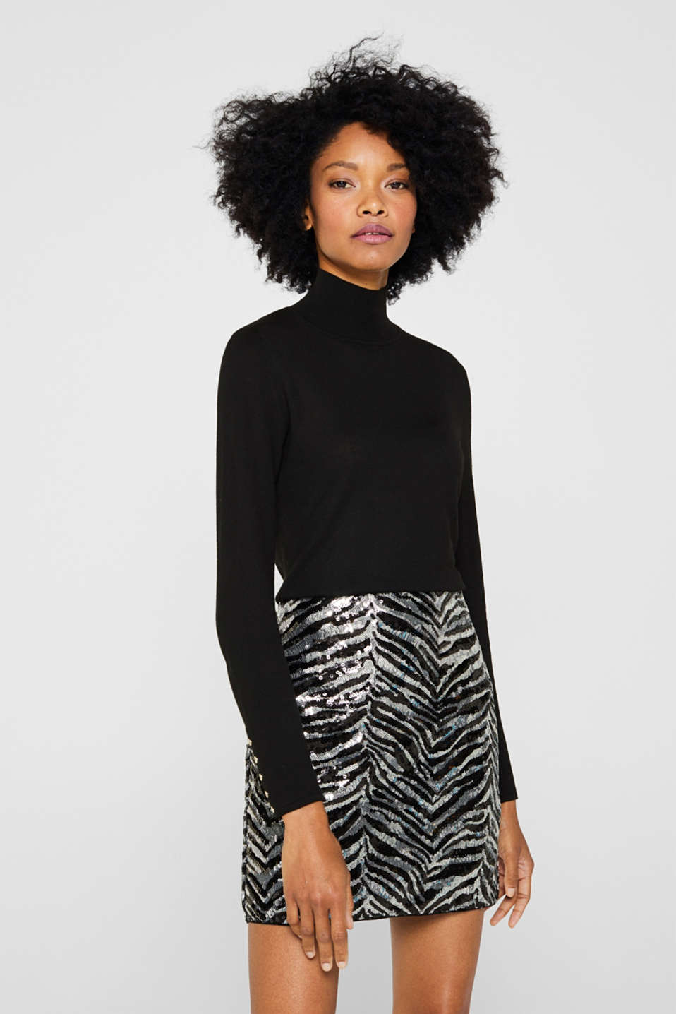 Turtleneck jumper with a touch of cashmere