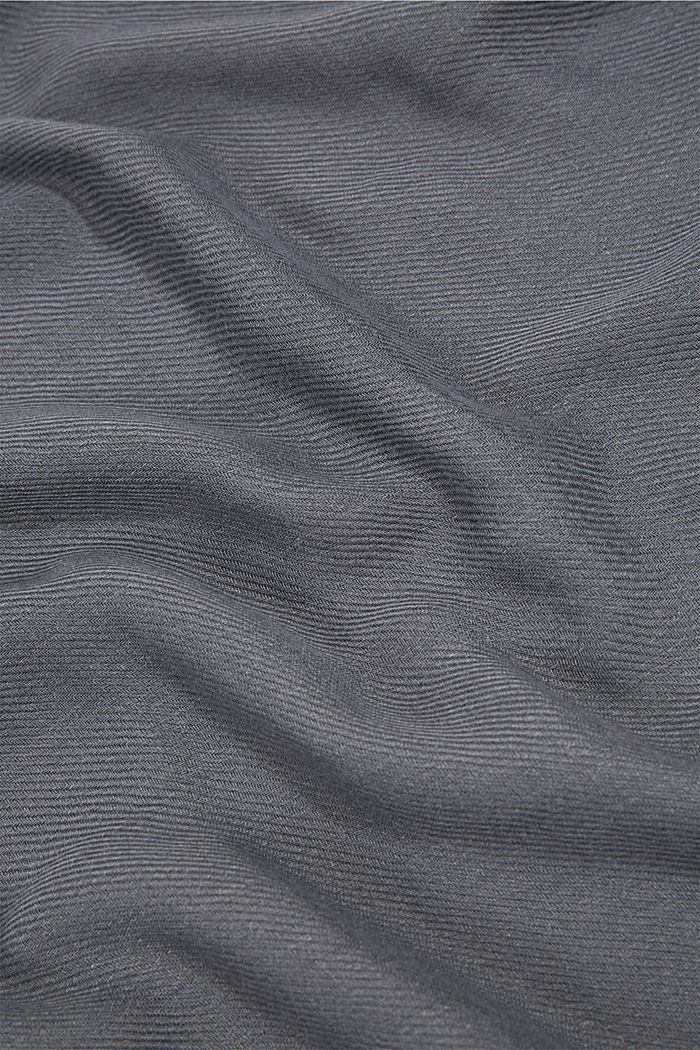 Recycled: Fringed woven scarf, GUNMETAL, detail image number 2