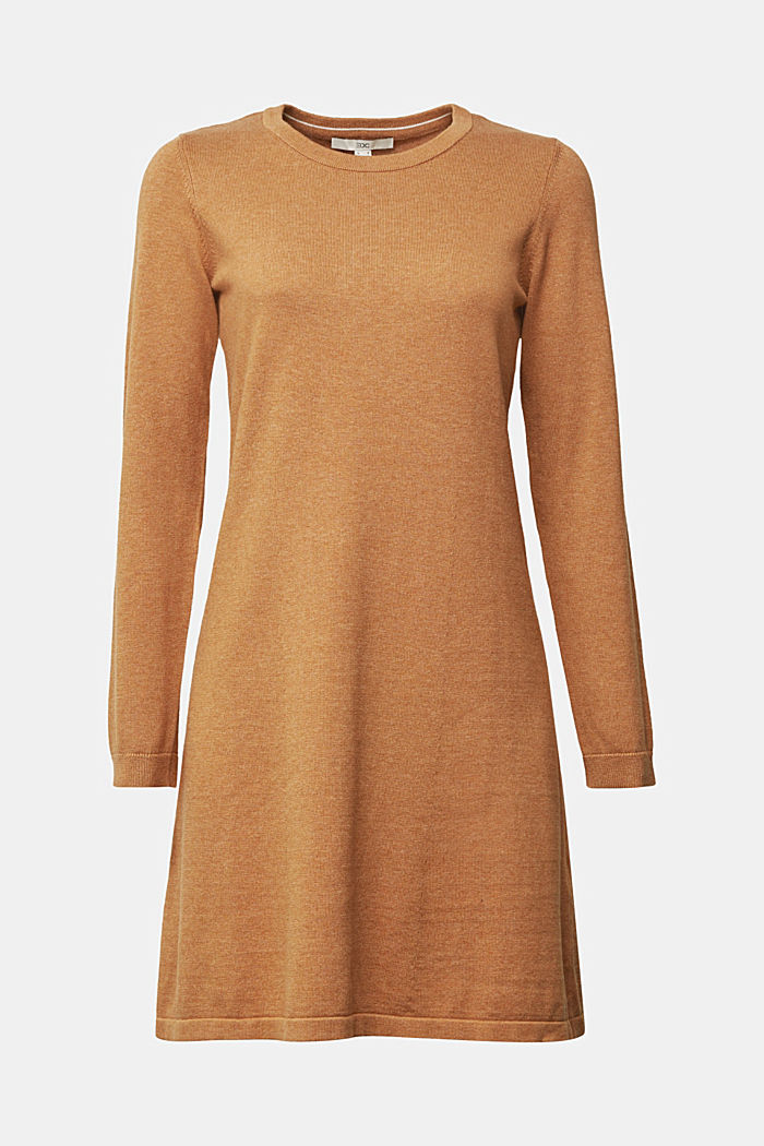 Knitted dress made of 100% organic cotton