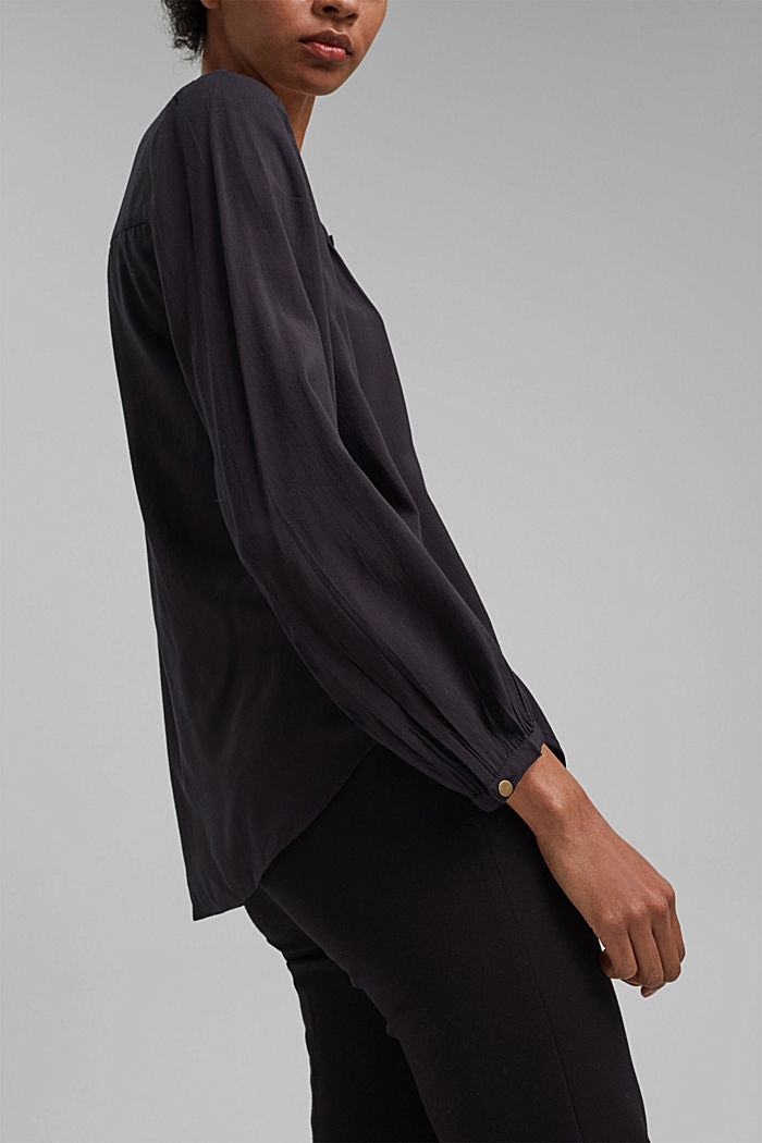 Blouse made from LENZING™ ECOVERO™, BLACK, overview