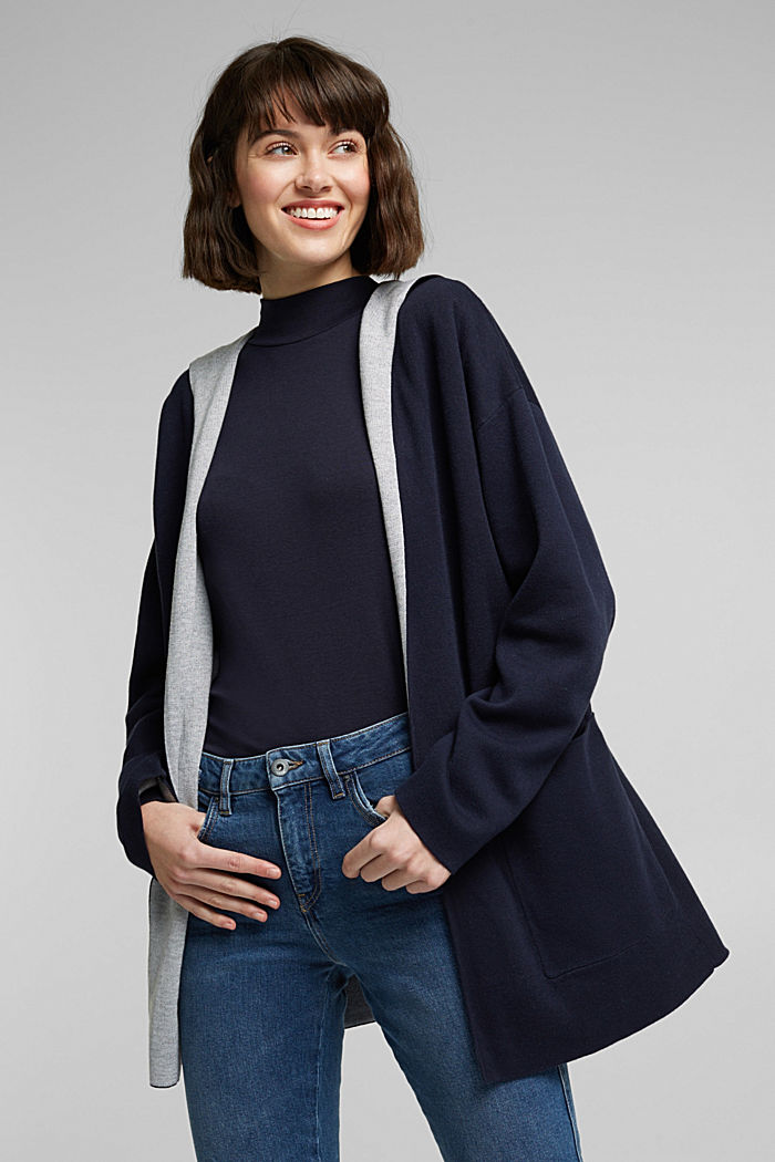 Double-faced cardigan with a hood