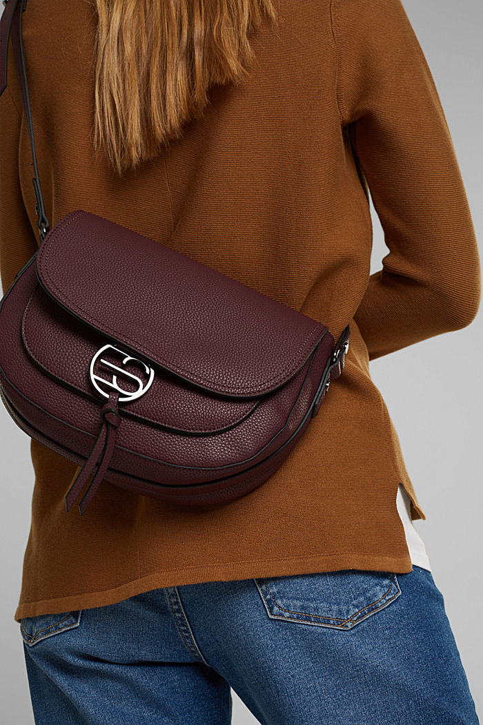 Vegan: Faux leather saddle bag, BORDEAUX RED, detail image number 1